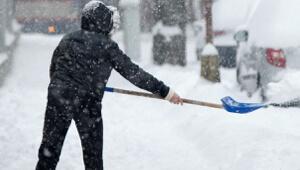 Уборка снега с тротуаров